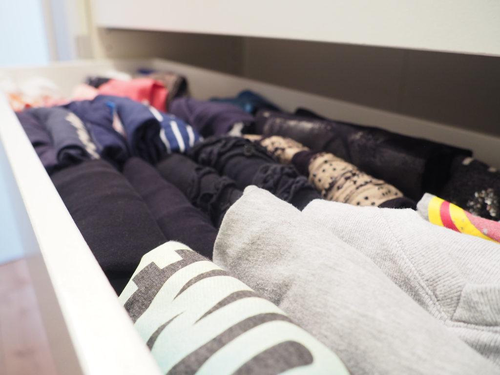b7826b9e16f7 Der perfekte Kleiderschrank - T-Shirts falten #Video - ordnungsliebe