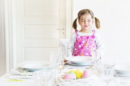 Tisch richtig decken Credit: fotolia