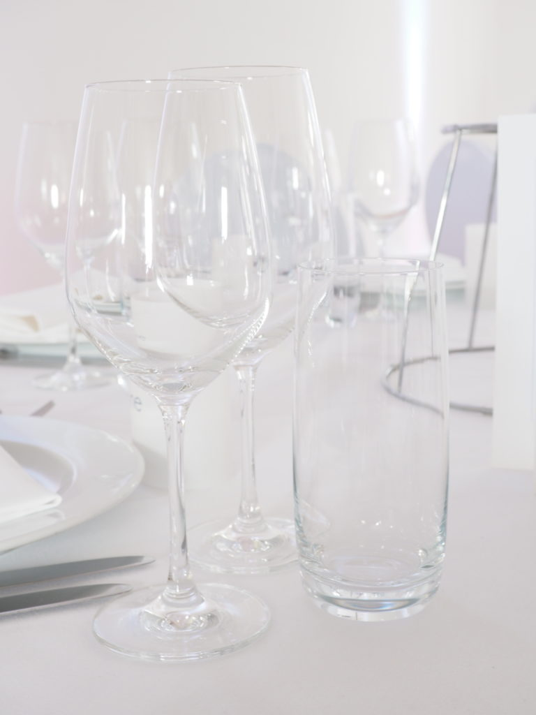 Gläser eindecken