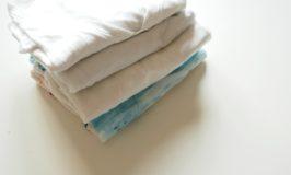 Kleine Shirtpäckchen wie Marie Kondo