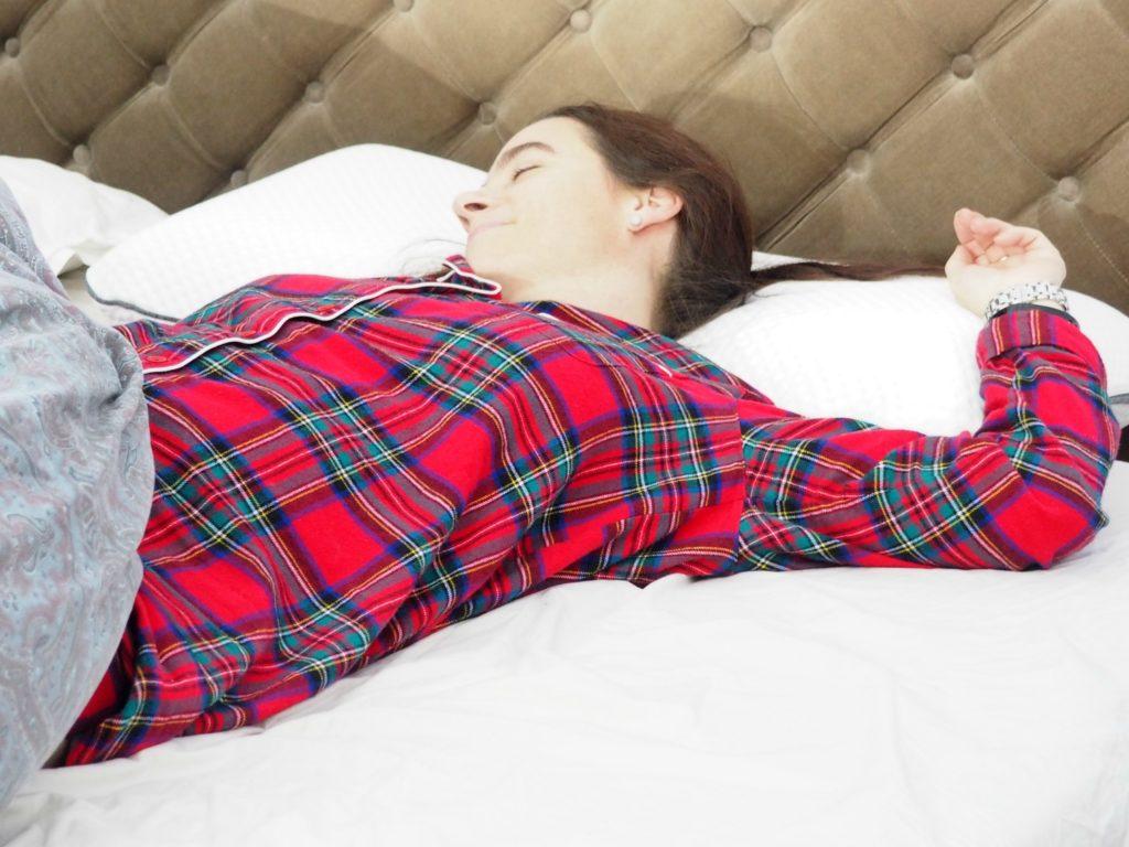kopfkissen testsieger 2014 schlafzimmer mit schr ge einrichten wandgestaltung barock test. Black Bedroom Furniture Sets. Home Design Ideas