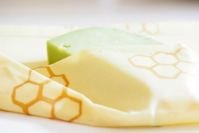 bees wrap umweltfreundliches material für lebensmittel