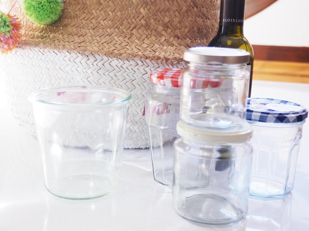 Korb zum Glas raustragen