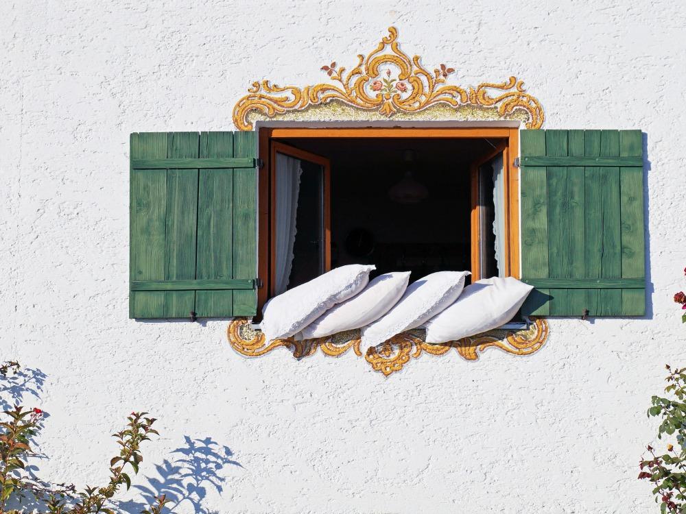 das schlafzimmer f r die warme jahreszeit fit machen im sommer besser schlafen mehr energie. Black Bedroom Furniture Sets. Home Design Ideas