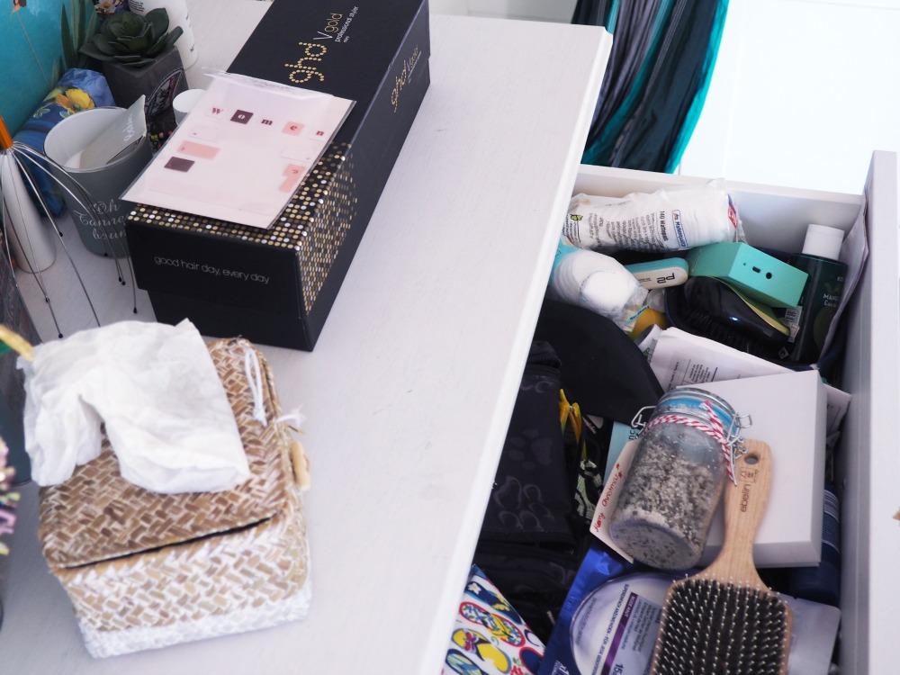 Kosmetiksachen aufräumen Wesco