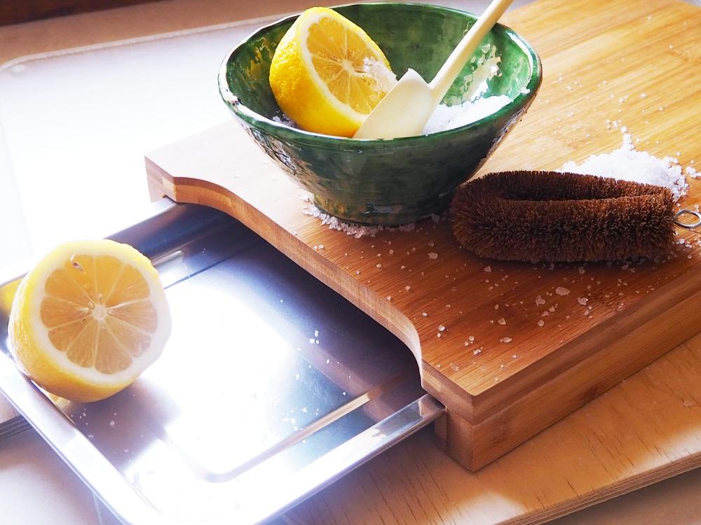 Holzbrettchen hygienisch reinigen