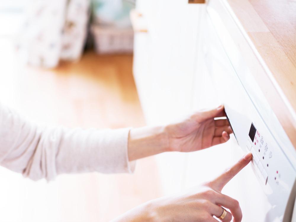 Spülmaschine richtig dosieren und Geld sparen