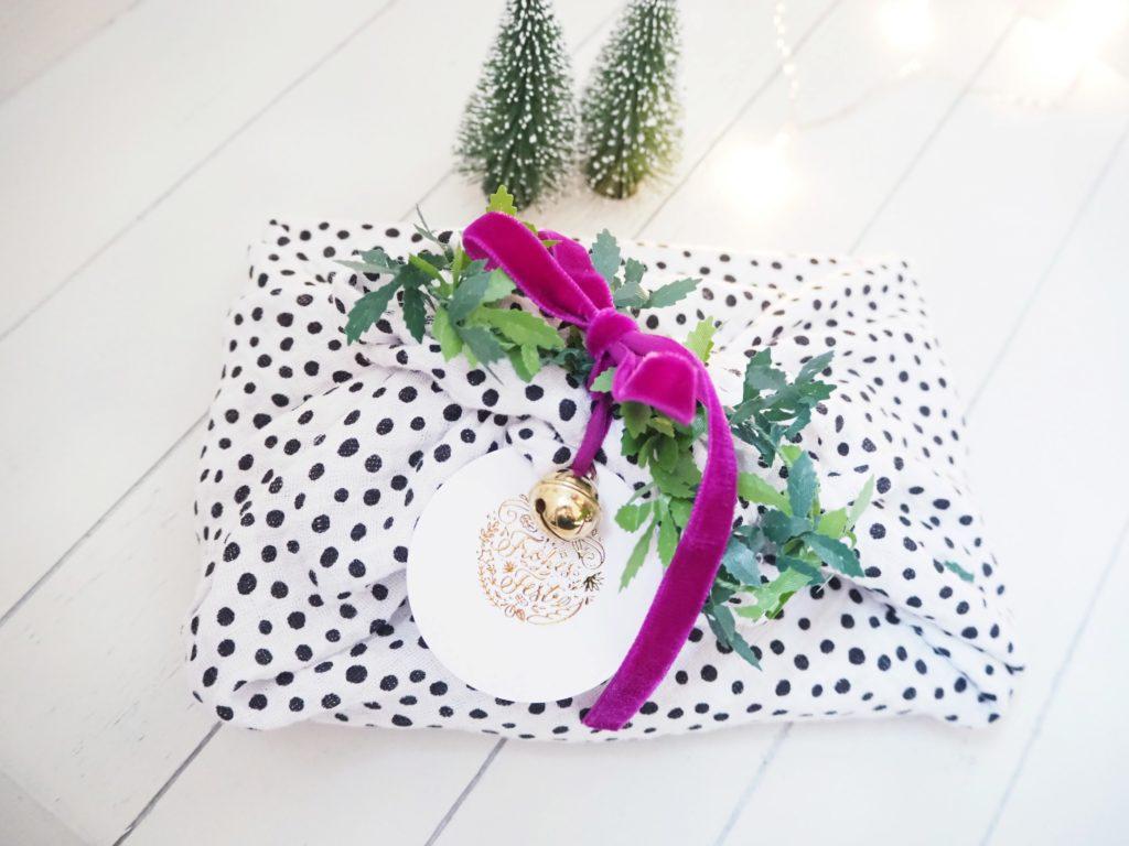 Furoshiki Geschenkverpackung Weihnachten