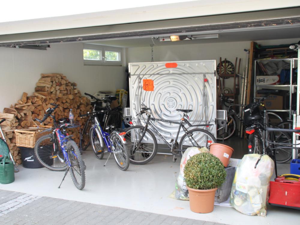 Unordnung in der Garage